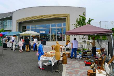 イベント開催の大富士交流センター