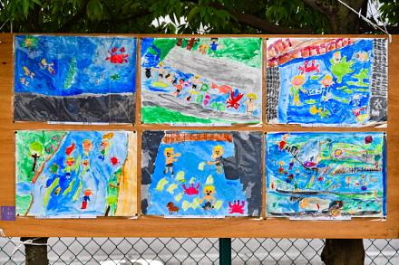 小学生が描いた田宿川の風景画