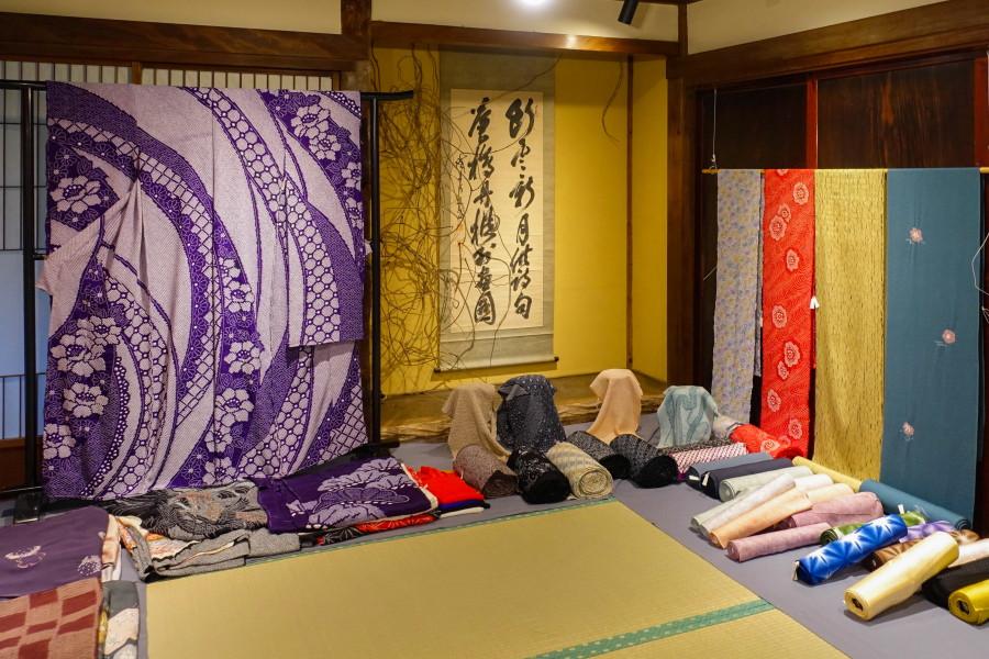 「京の絞り職人展」開催のspace Wazo