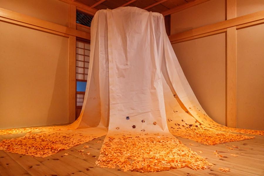 石川瑛美さんの作品「生まれ、広がる」