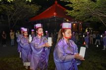 滝川観音妙善寺での女性たちの舞