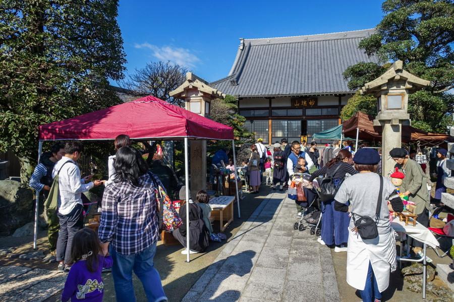 イベント会場の本光寺