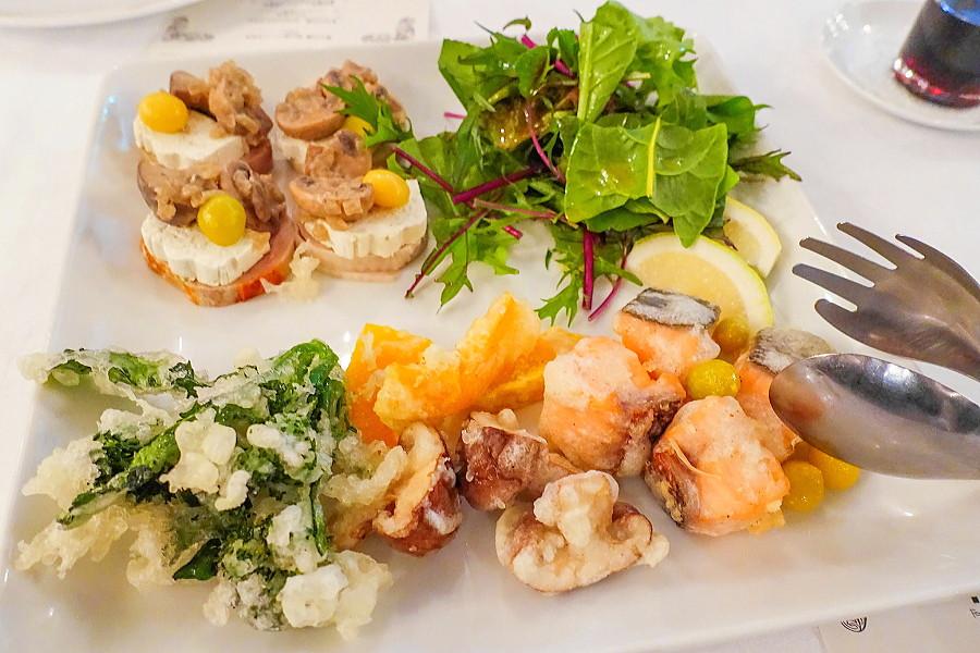 富士山麓の食材をふんだんに使った創作料理