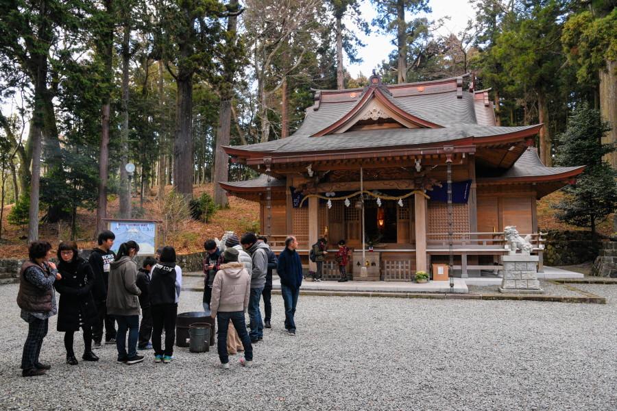 須山浅間神社の初詣風景