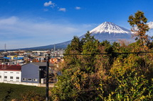 法蔵寺の高台からの富士山方面の眺め