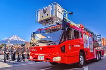 消防車のパレード
