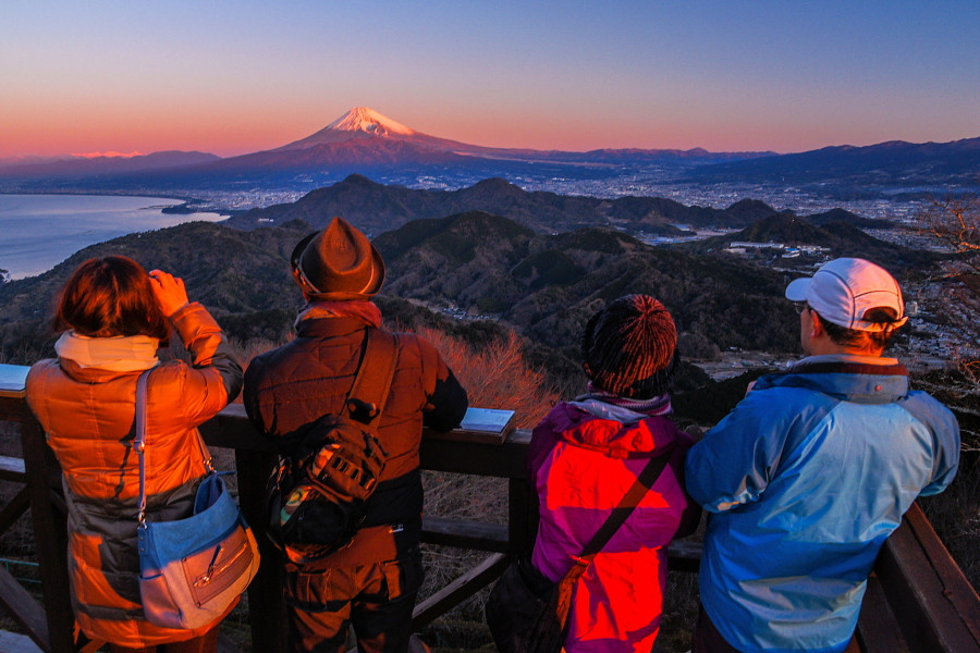 朝焼けの富士山を堪能