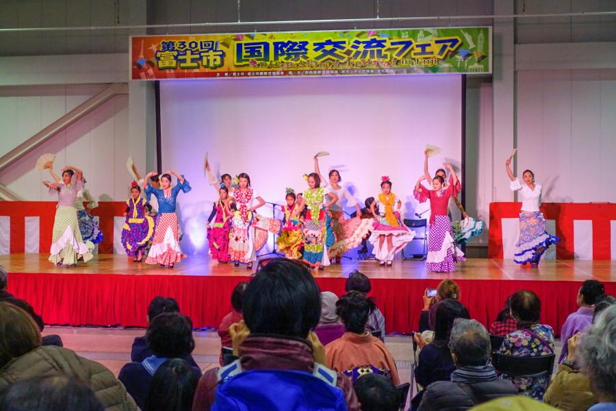富士市国際交流フェア開催のふじさんめっせ