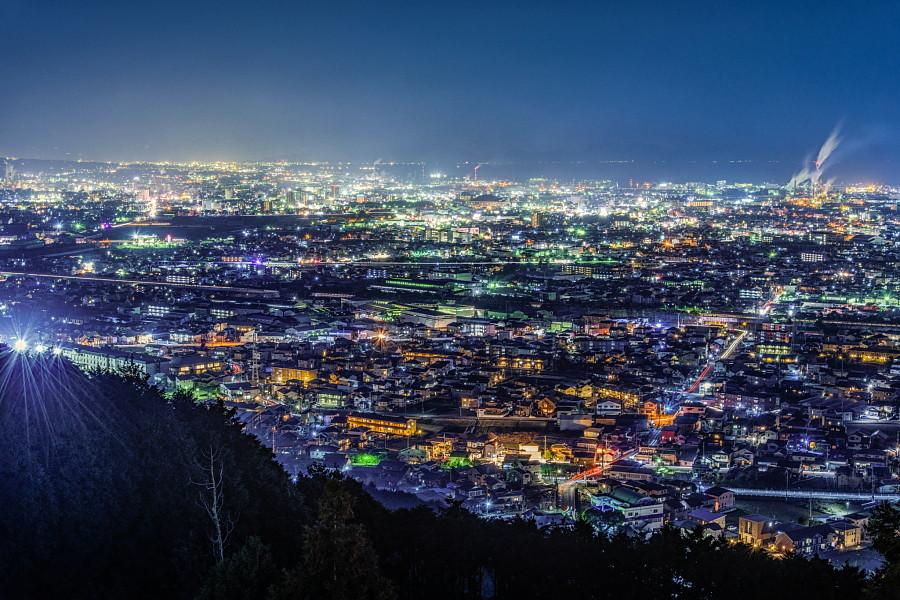 富士市街の夜景を楽しめる