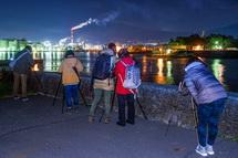 港の岸壁からの夜景撮影