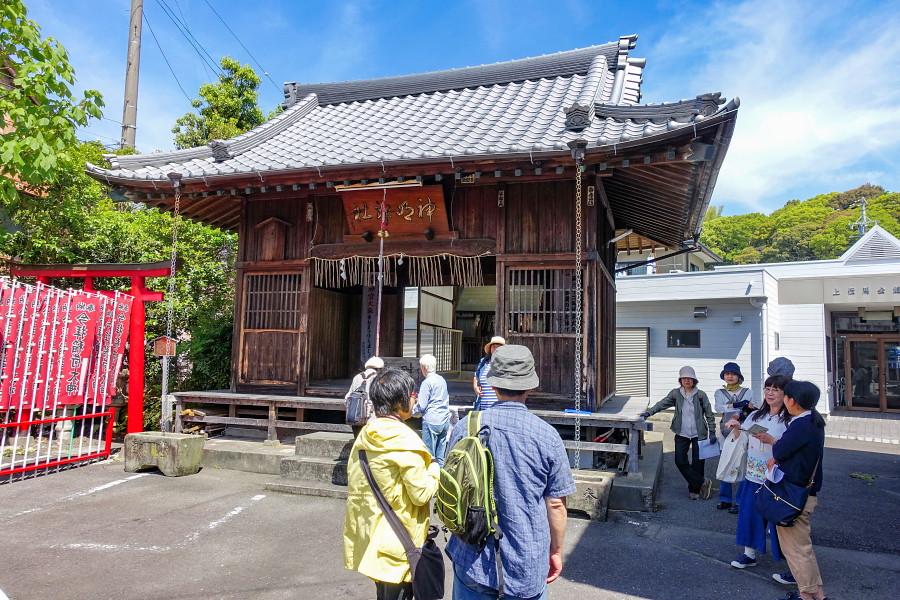 神明神社に集合