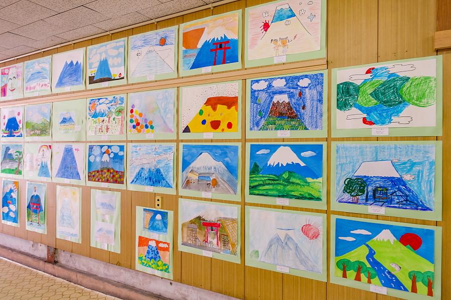 小学生絵画コンクールの作品