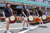重須孝行太鼓の演奏