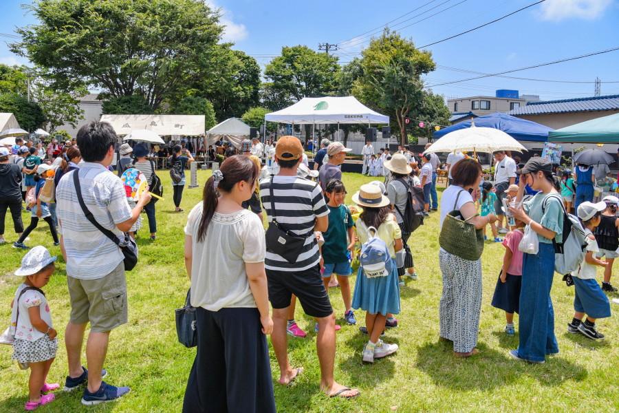 祭り会場の瓜島公園