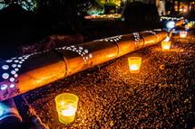 参道沿いの竹灯籠とキャンドル