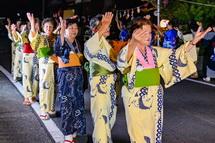 女衆の盆踊り
