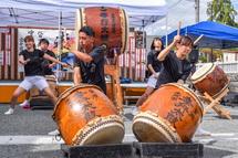 地元太鼓の演奏