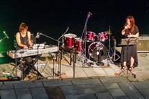 地元ミュージシャンなどによるライブ