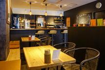 Kamileon Cafe 58の店内風景
