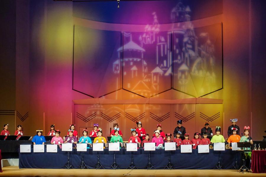 ハンドベルフェスタ開催のロゼシアター大ホール