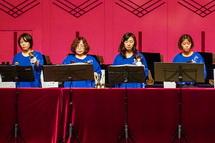 富士市内のハンドベルグループによる演奏