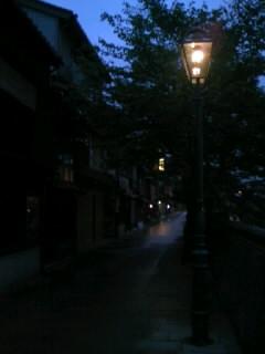 夕暮れの茶屋街